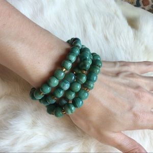 Vintage Jewelry - SOLD Glass Stone Minty Green Necklace